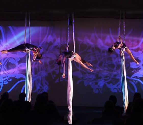 Performance: Aerial Horizon