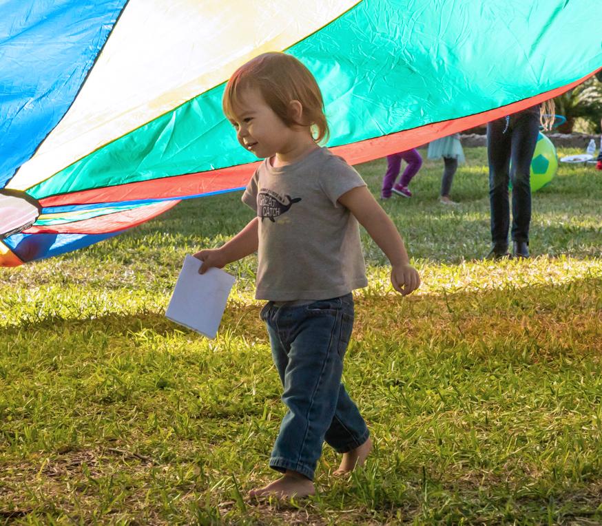 Toddler Art Play: Inside Outside