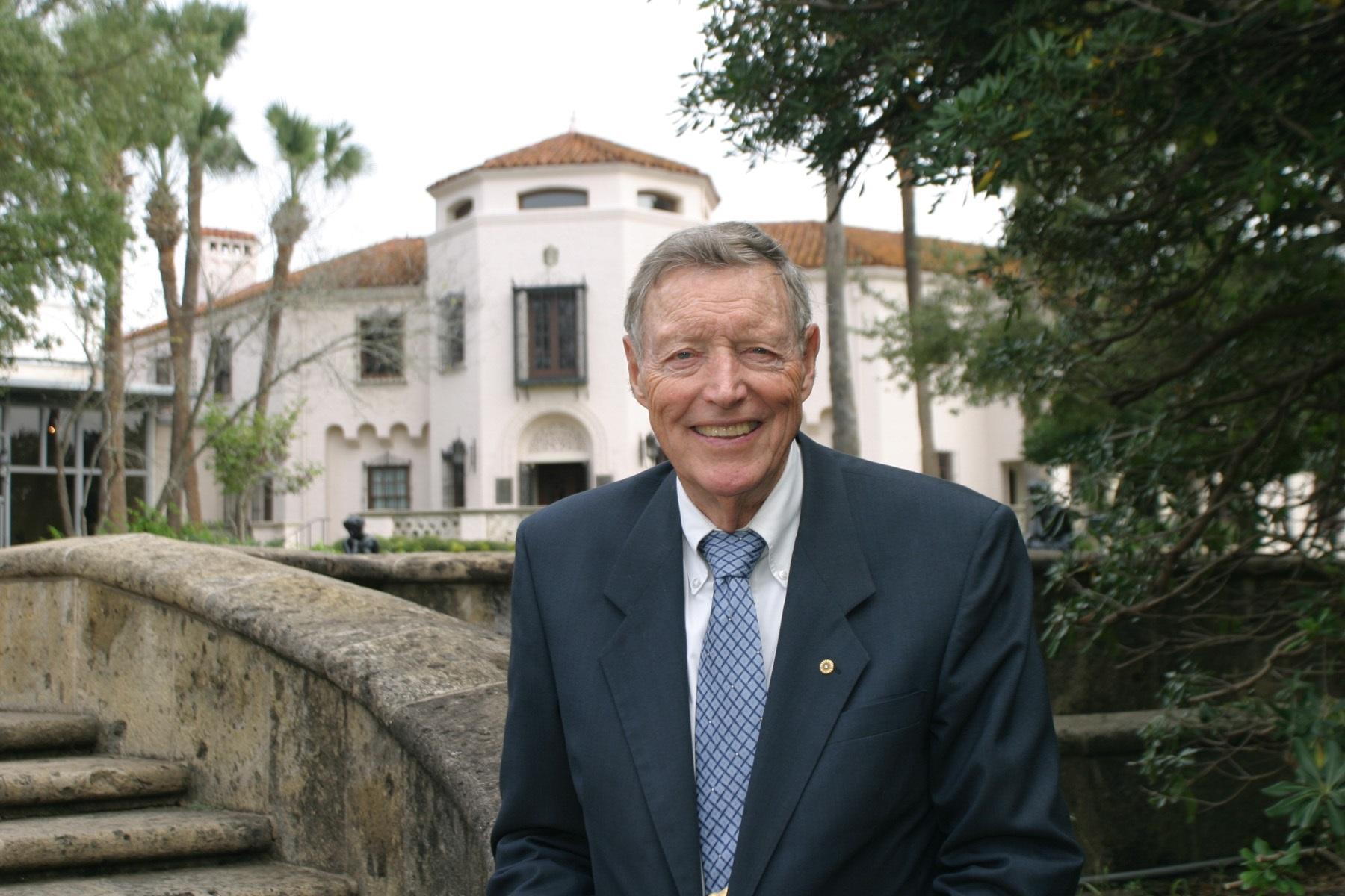 In Memoriam: Tom Frost