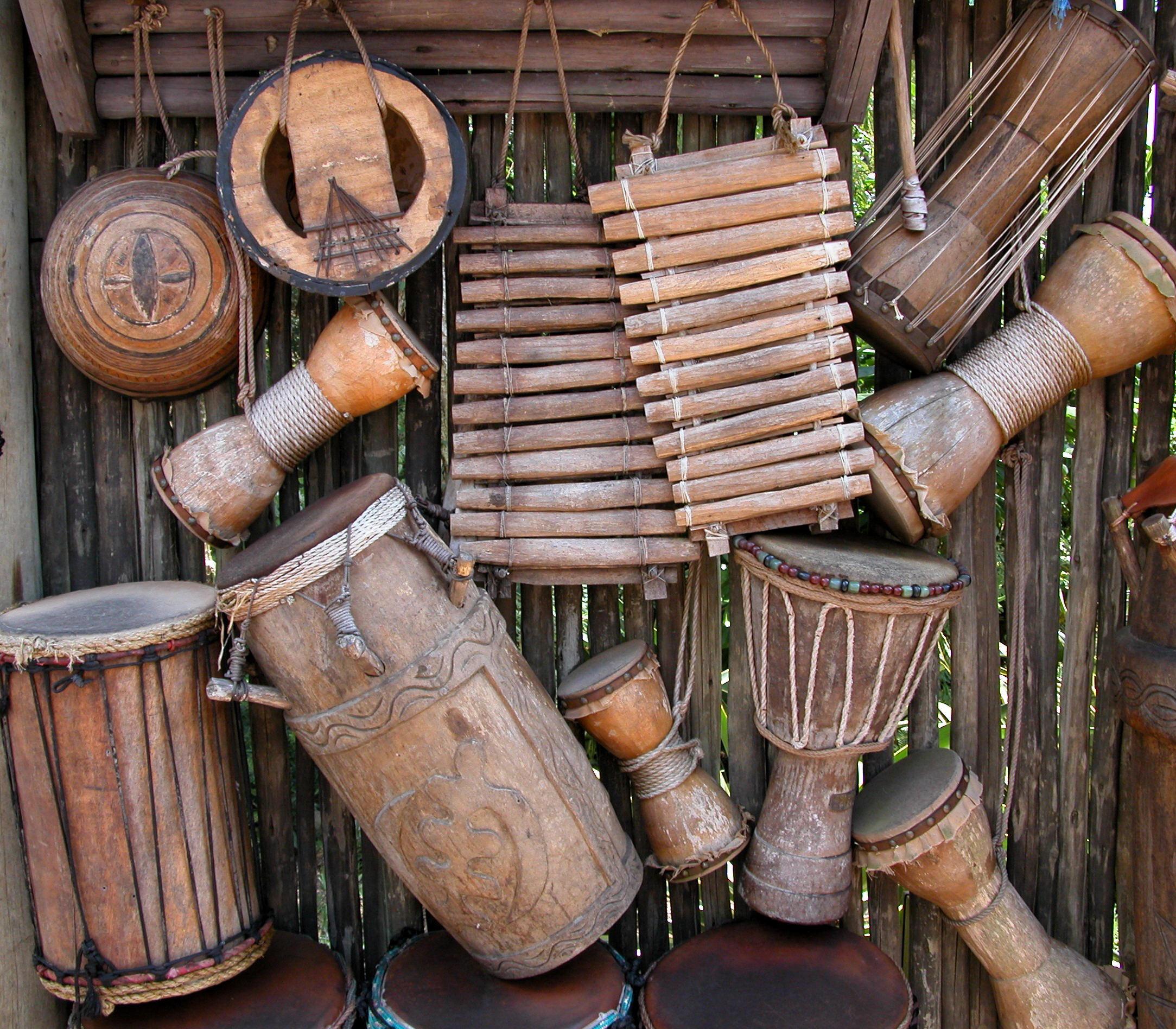 Family Art Play: Drumming Around